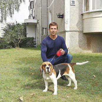 Dėl šuns pritūpimo Pilaitės pievoje ilgiau nei metus aiškinasi teismuose