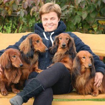 """Pirmas šuniukas nulėmė Lilijos likimą: """"Geriau už vieną taksą gali būti tik būrys taksų"""""""